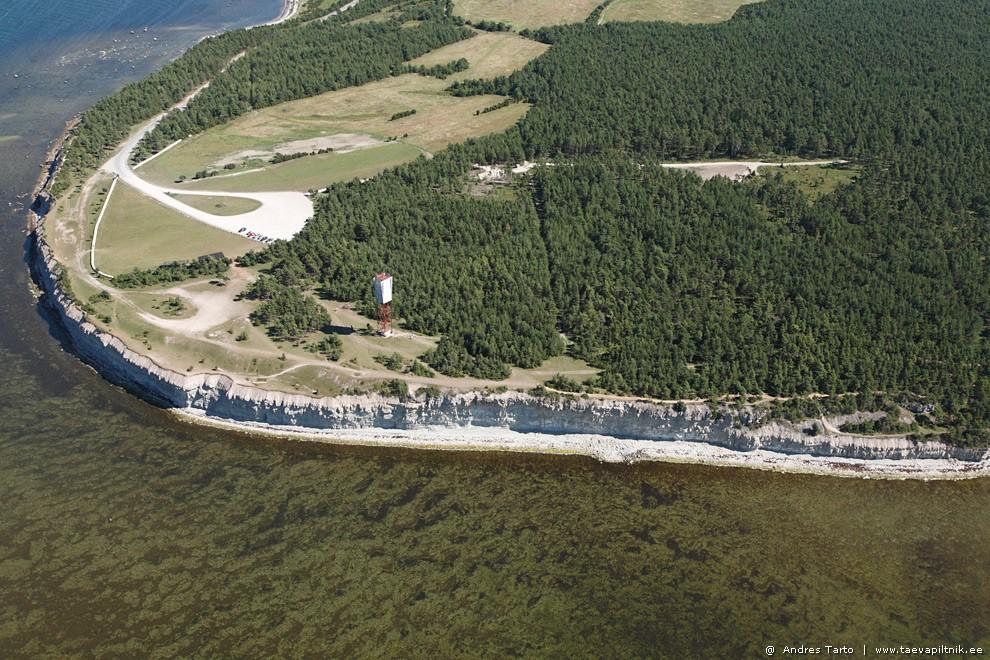 Saaremaa. Panga pank ja pink