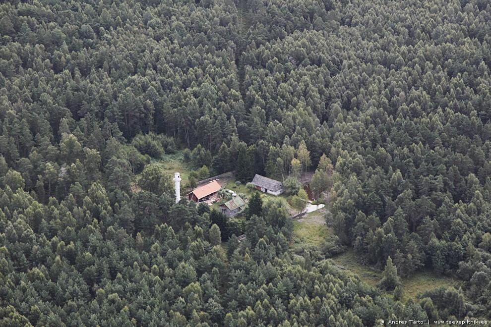 Maja oma majakaga