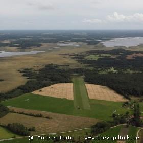 Liblikakujuline Lyckholmi lennuväli