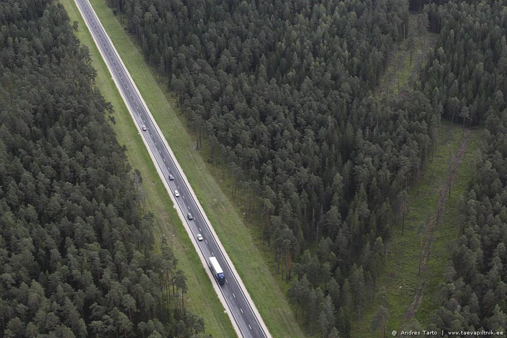 Maantee, millel hoiti täpselt 20 aastat tagasi käest kinni.