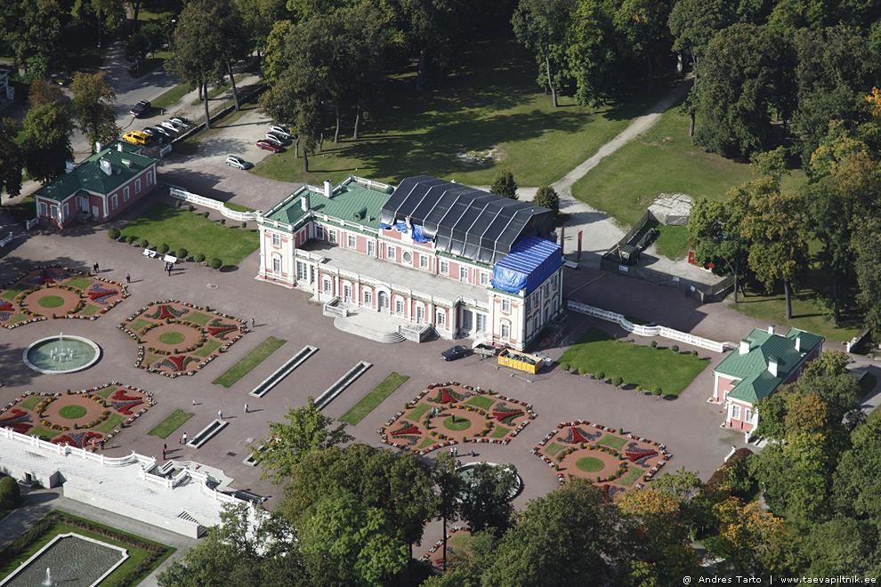 Kadrioru loss saab uue katuse