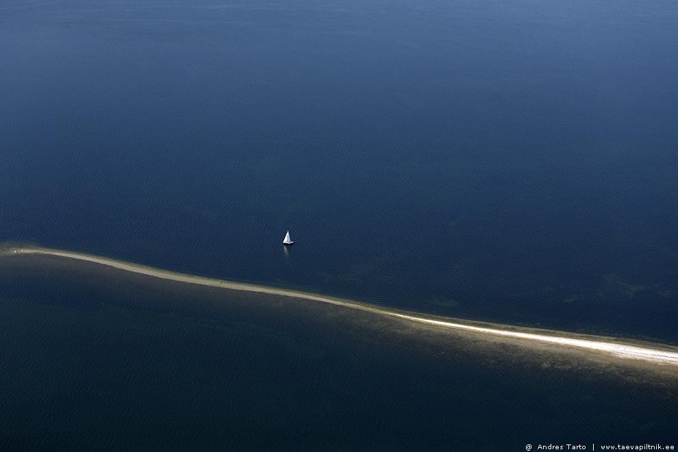 Tee läbi vee, Sääre tirp   Path through the sea, Sääre Tirp Spit